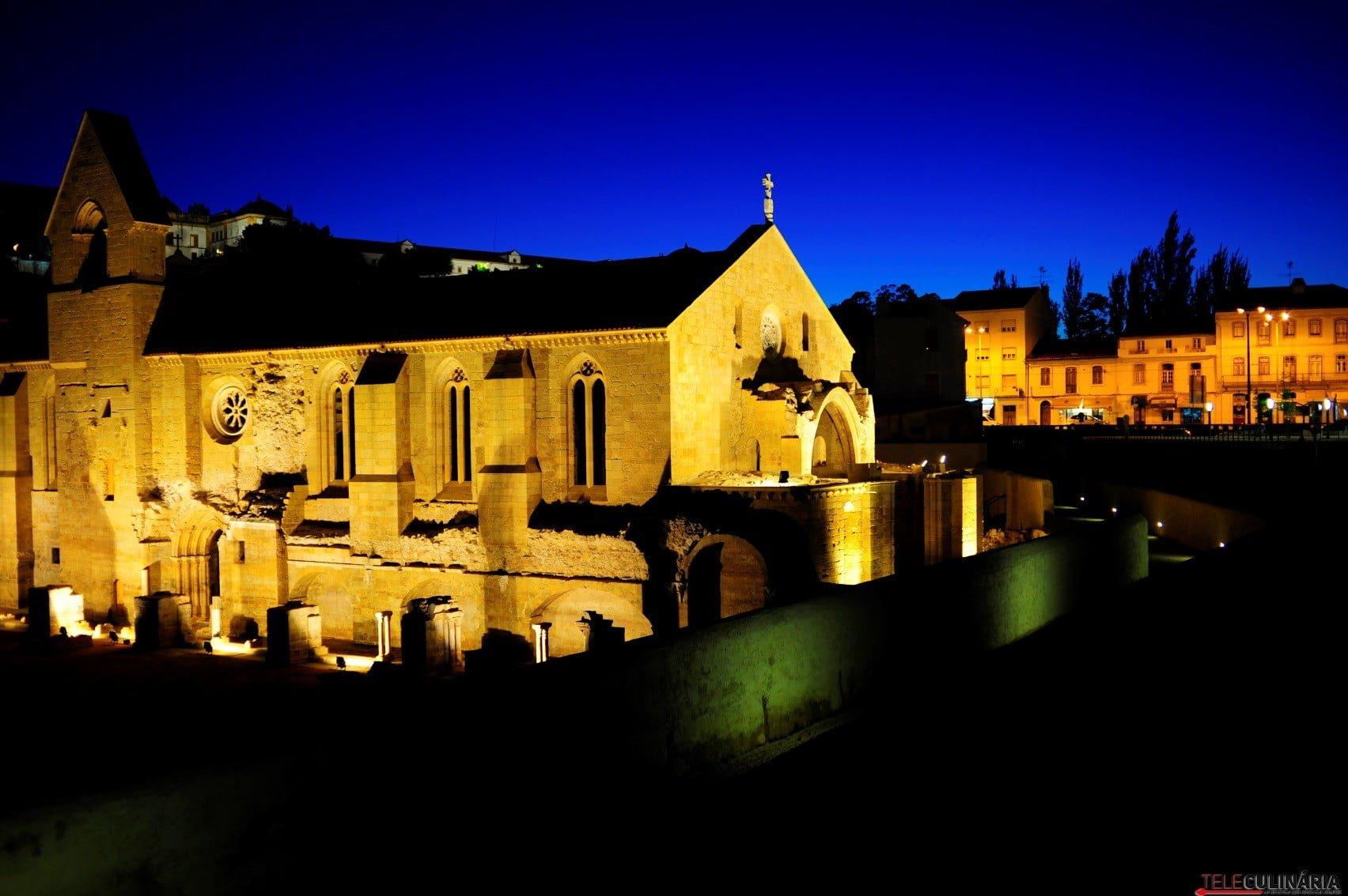 Mosteiro de Santa Clara-a-Velha à noite (Custom)