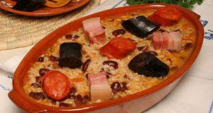 arroz de feijão com enchidos