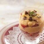 Arroz doce com morangos e avelãs