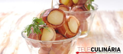 Batata nova no forno com bacon