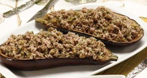 Beringela recheada com cogumelos e atum