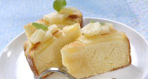 Bolo de ananás com iogurte