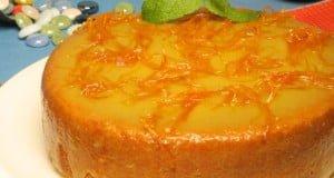 Bolo de laranja coberto
