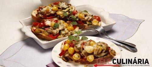 Bruschetta de legumes e mozzarella