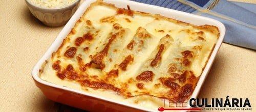 Canelones com recheio de espinafres e queijo fresco