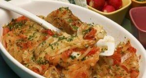 Caras de bacalhau em tomatada