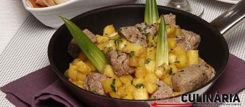 Carne de Vaca com Ananas 10 DETALHE