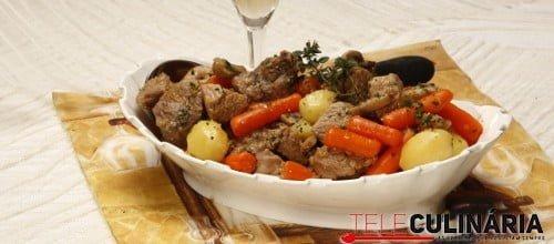 Carne de porco preto com vinho do Porto Branco 2 D