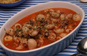 Choquinhos em molho de tomate