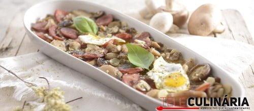 Cogumelos estufados com chourico 1 D