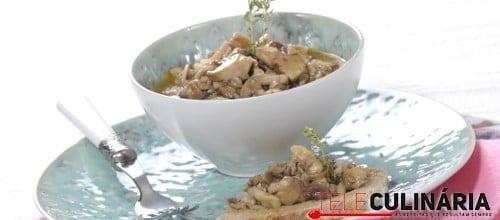 Cogumelos com natas e mostarda