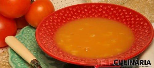 Creme de cenoura com letrinhas