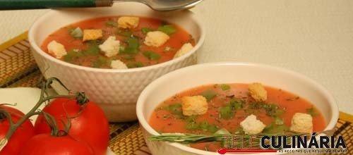 Creme de tomate com pimentos e alecrim