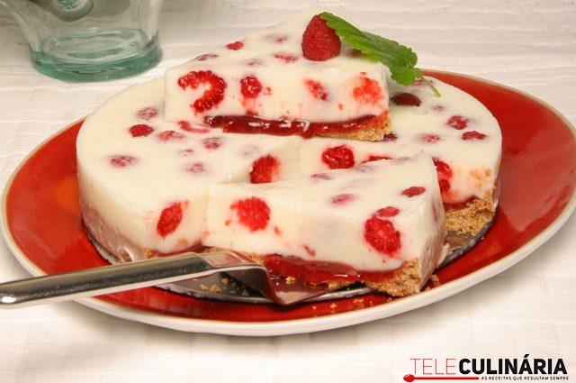 Delicia fresca de de iogurte e framboesas TeleCulinaria