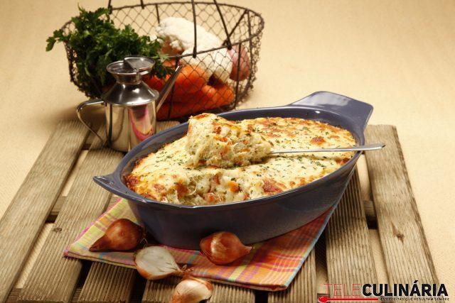 Empadão de bacalhau com legumes