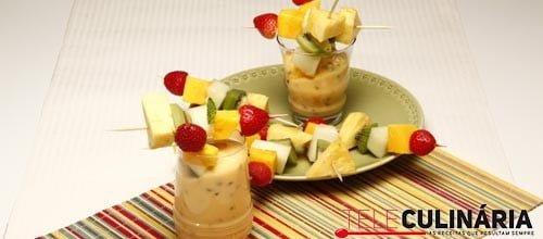 Espetadas de fruta com leite creme de maracuja 7 Detalhe
