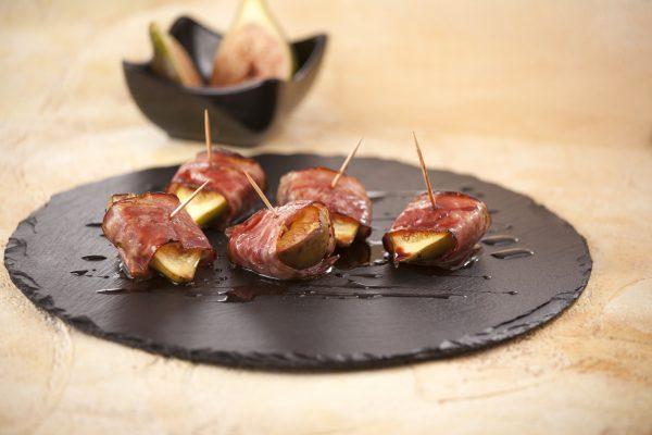 Figos no Forno com Bacon