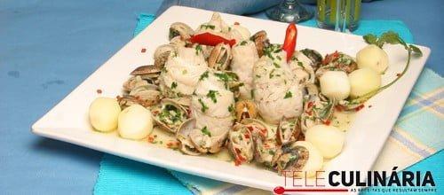 Filetes de peixe-galo com amêijoas à Bulhão Pato