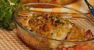 Filetes de pescada no forno com broa