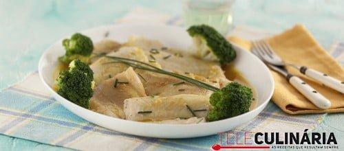 Filetes de peixe-espada com molho de espumante