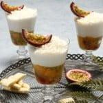Gelatina de frutas com chocolate branco