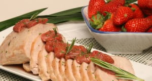 Lombo de porco com morangos