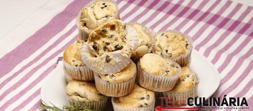 Muffins de azeitonas e alecrim