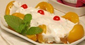 Nuvem de pêssegos com merengue
