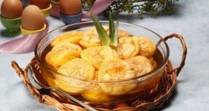 Papos de anjo em calda de ananás