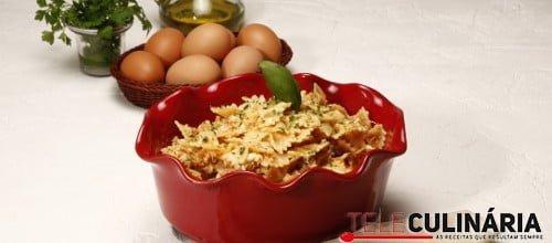 Pasta com farinheira e ovos