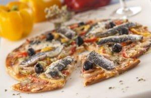Pizza de sardinha e pimentos