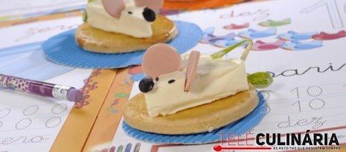 """""""Ratinhos"""" de queijo em bolacha"""