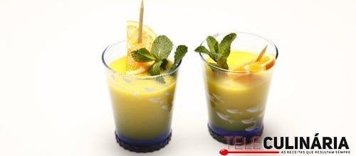 Refresco de citrinos com hortelã