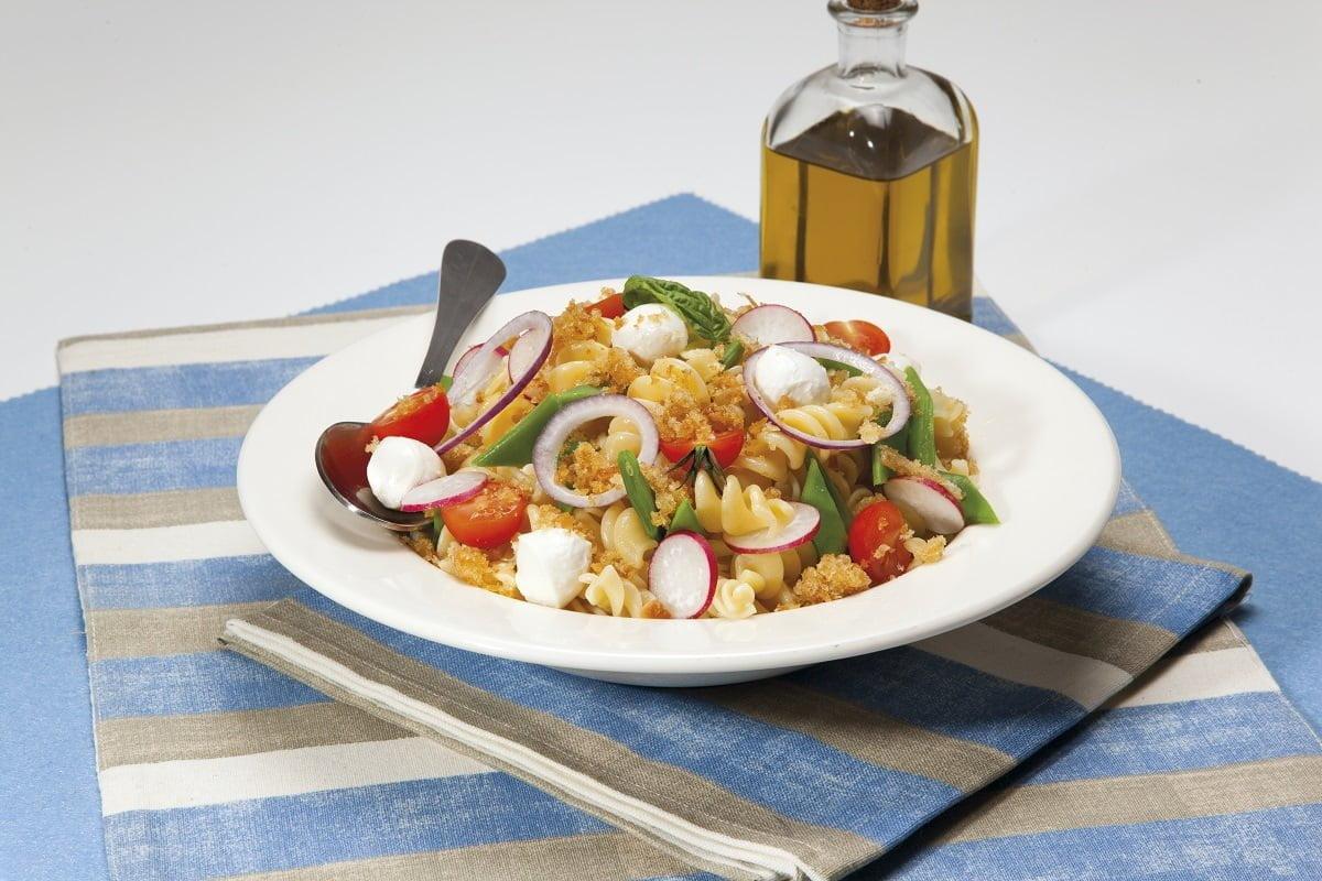 Salada crocante de massa