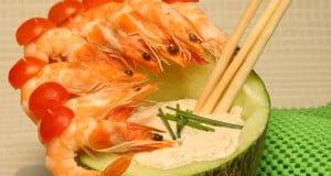 Salada molho de melão com camarões