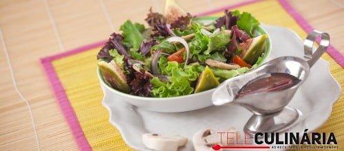 Salada ibérica com cogumelos e vinho do Porto