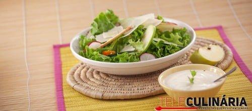 Salada de queijo e maca com molho de hortela TC 004 D