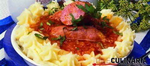 Salsichas toscanas em tomate TC 1402 P140B Detalhe