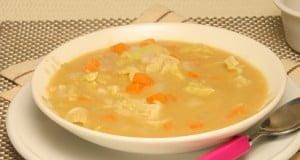 Sopa de grão com nabo e hortelã