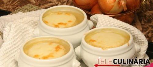 Sopa de cebola gratinada 1 D