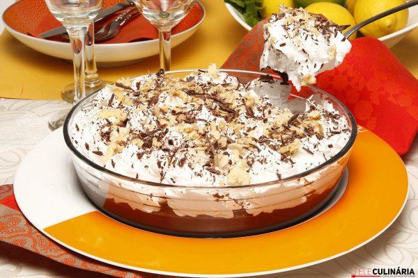 Strogonoff de Chocolate com Nozes TeleCulinaria