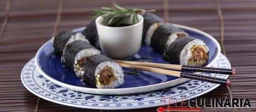 Sushi de farinheira frita com molho de mostarda TC 005 D