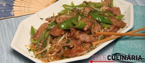 Tirinhas de carne chinesas