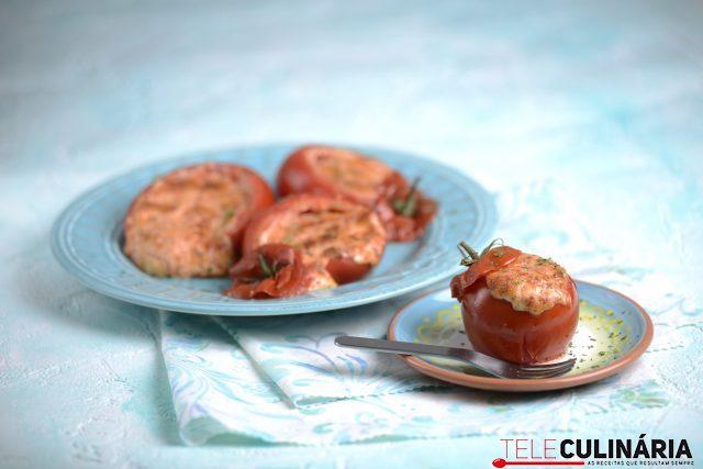 Tomates assados recheados