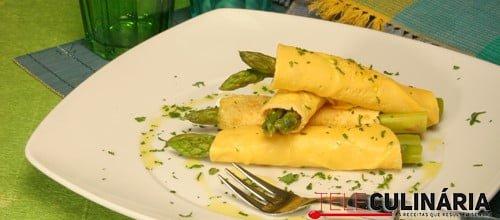 Tortilhas de espargos verdes