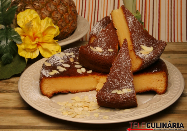 bolo de ananas molhadinho