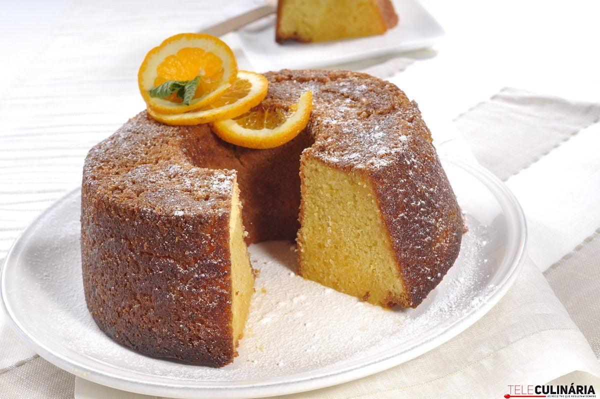 bolo de laranja na sua calda