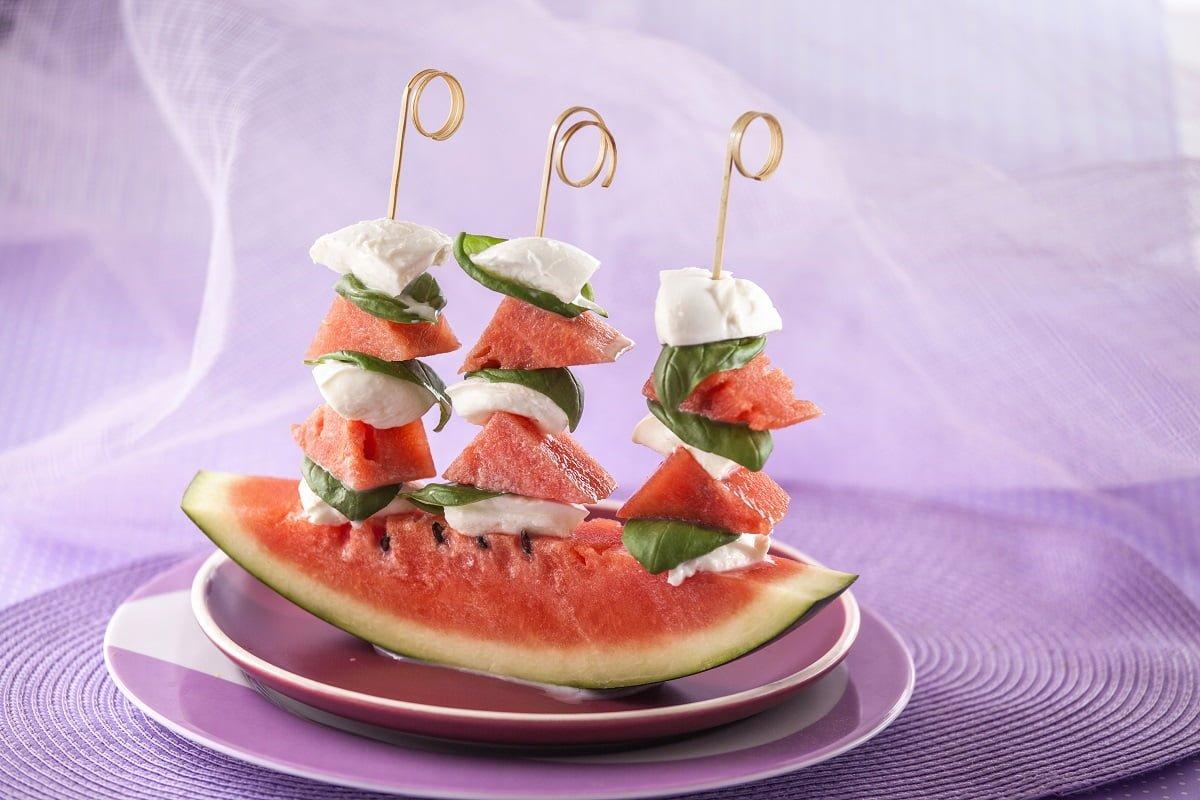 espetadas de melancia tomate mozzarela