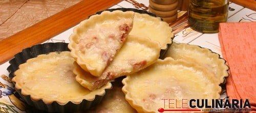 Tarteletes de queijo e bacon