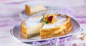cheesecake de amêndoa e laranja no forno